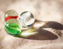 Trois boules en verre. photographie stock libre de droits