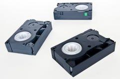 Trois cassettes vidéo noires. Photo libre de droits