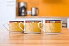 Trois cuvettes oranges Photo stock