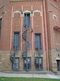Trois escaliers en spirale disposés symétriquement images libres de droits