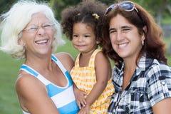 Trois générations des femmes hispaniques Photographie stock libre de droits