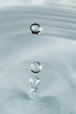 Trois gouttes de l'eau photographie stock