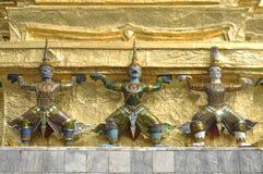 Trois le titan Thaïlande géante chargent Images stock