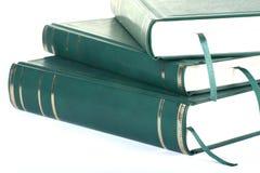 Trois livres blanc verts avec le signet Photographie stock