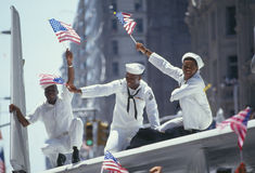 Trois marins afro-américains dans le défilé Photographie stock libre de droits