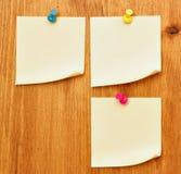 Trois notes en blanc Photos libres de droits
