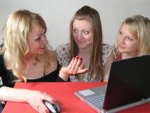 Trois ont étonné de jeunes filles Photos libres de droits