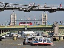 Trois passerelles de Londres Photos libres de droits