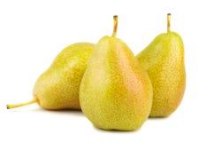Trois poires jaunes mûres Photos libres de droits