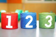 trois POTS avec un deux et trois nombres Photographie stock libre de droits