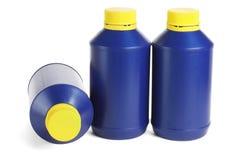 Trois récipients en plastique bleus Photo libre de droits
