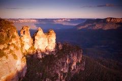 Trois soeurs dans les montagnes bleues Image stock