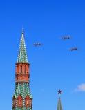 Trois ` stratégique à longue portée russe d'ours de ` des bombardiers Tu-95 dans le flig Image stock
