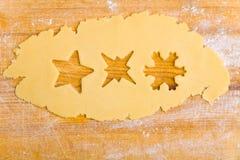 Trois étoiles différentes sur le biscuit Images stock