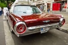 Troisième génération de luxe personnel de Ford Thunderbird de voiture, 1963 Photos libres de droits
