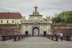 Troisième porte, Carolina Citadel blanche, Alba Iulia photographie stock libre de droits