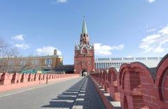 Troitskayatoren Moskou het Kremlin Stock Foto's