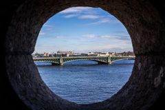 Troitskiy najwięcej lub trójca most w okrąg ramie - Świątobliwy Petersburg, Rosja fotografia royalty free
