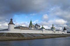Troitsky Makariyev Zheltovodsky女性修道院 免版税图库摄影