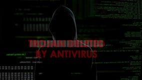 Trojan gelöscht durch Antivirus, erfolgloser Versuch, Computer, Ausfall anzustecken stock footage