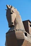 Trojan häst på den Troy arkeologilokalen i Turkiet Royaltyfria Foton
