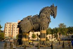Trojan Horse et ciel bleu photos stock