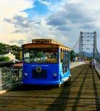 Trole na ponte real do desfiladeiro fotos de stock