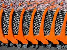 Troles ensolarados da compra do supermercado Imagem de Stock Royalty Free