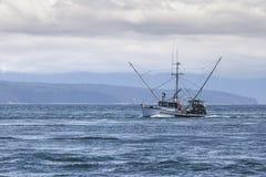 Troller σολομών στη νοτιοανατολική Αλάσκα Στοκ Εικόνες