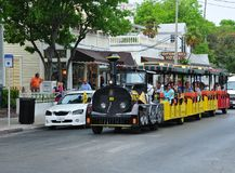 Trolleybilen turnerar i Key West Royaltyfri Foto