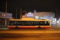 Trolleybus Skoda w Banska, Bystrica -, Sistani fotografia stock