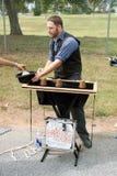 Trollkarlen tar spetsar, medan utföra på festivalen Royaltyfria Foton