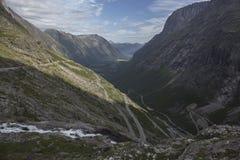 Trollstigen - błyszczki ścieżki Halna droga w Norwegia Obraz Royalty Free