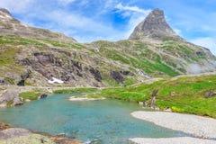 Trollstigen (de weg van de Sleeplijn) weg in Noorwegen Stock Foto's