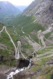 Trollstigen härlig väg i Norge royaltyfria bilder