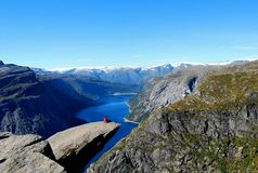 Trolltunga fotos de stock