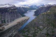 Trolltunga-Felsen Norwegen Stockbilder