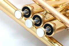 Trombeta do ouro Imagens de Stock Royalty Free