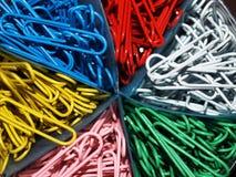 Trombones de bureau multicolore Image libre de droits