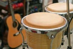 Trommel en gitaar Stock Afbeeldingen