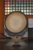 Trommel im Itsukushima Schrein, Miyajima, Japan Stockbild