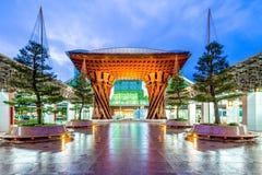 Trommel-Tor neuer Kanazawa-Station, Japan lizenzfreies stockbild