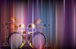 Trommeln auf buntem Hintergrund Stockbild