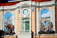 Trompe - l ' настенные росписи стены oeil в Yonkers, NY Стоковое Фото
