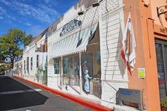 Trompe - l ' pintura mural do oeil por Carlo Marchiori em um corredor fora de Lin Imagens de Stock