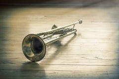 Trompet Houten Vloer stock foto's