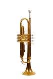 Trompeta de cobre amarillo en un fondo blanco Fotos de archivo libres de regalías