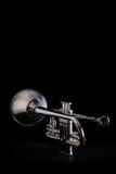 Trompeta de plata aislada Imagenes de archivo