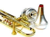 Trompete und Stummer stockfoto