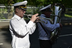 Trompetista do russo em Catherine Palace, perto de Petersburgo, Rússia foto de stock